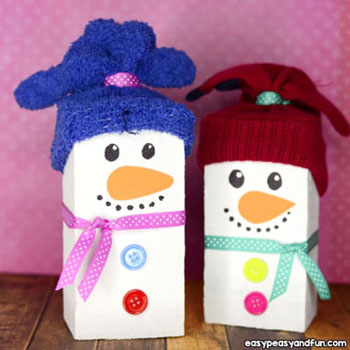 DIY Wood block snowman - adorable winter decor