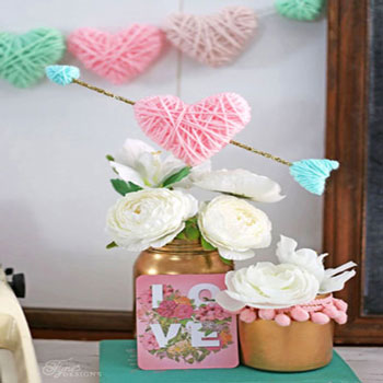 DIY Yarn wrapped hearts - Valentine's day decoration