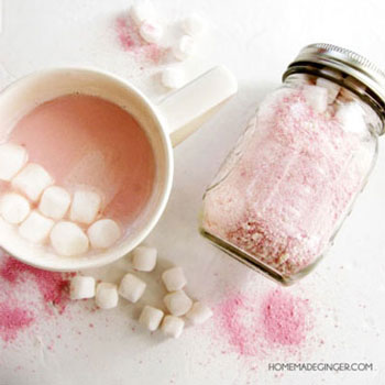 DIY Pink hot chocolate mason jar gift - Valentine's day gift