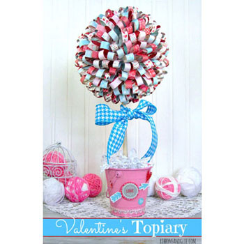 DIY Valentine's paper ribbon topiary - Valentine's day decor