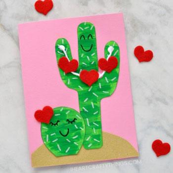 Kaktuszok filc szívecskékkel - aranyos képeslap egyszerűen