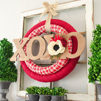 DIY Double Valentine wreath - quick Valentine's day decor