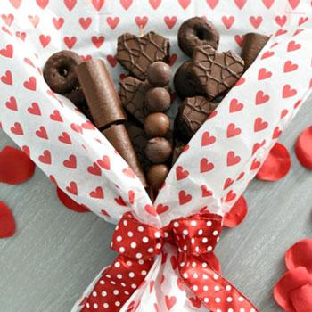 Bonbon csoki csokor egyszerűen - kreatív Valentin napi ajándék ötlet