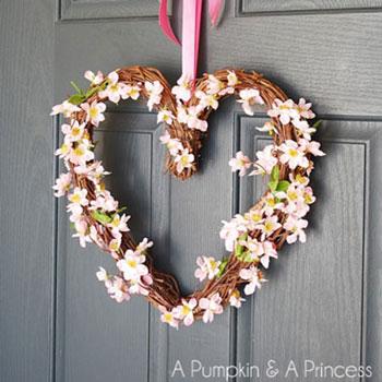Egyszerű szív alakú koszorú virágokkal - tavaszi dekoráció