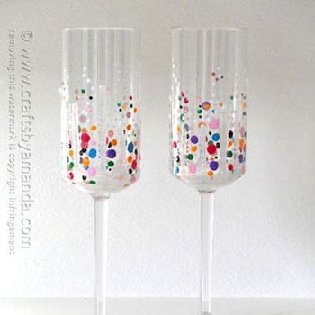 Szilveszteri  konfettis pezsgőspoharak - buli kellékek