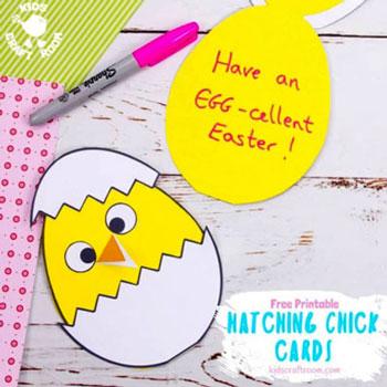 Tojásból kikelő kiscsibe - egyszerű húsvéti képeslap ötlet gyerekeknek