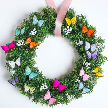Easy DIY butterfly wreath - spring wreath  (wreath making tutorial)