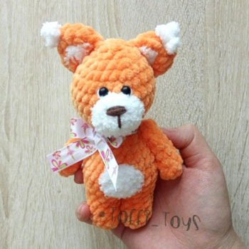Little soft amigurumi squirrel (free crochet pattern)