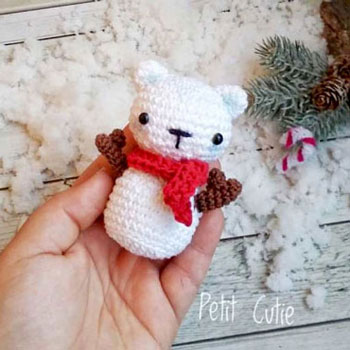 Amigurumi hóember maci kulcstartó (ingyenes horgolásminta)