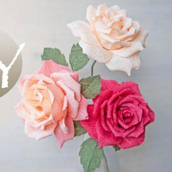 Gyönyörű élethű rózsa krepp papírból egyszerűen - papír virág készítés