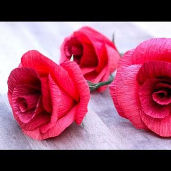 Gyönyörű krepp papír rózsa egyszerűen házilag (videó útmutató)