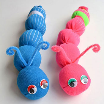 Easy DIY no-sew sock caterpillar (sock worm) - sock craft for kids