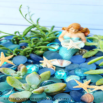 Easy DIY mermaid garden with succulents - summer decor