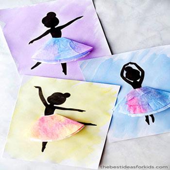Színes térbeli balerina festmény egyszerűen kávé filter papírból