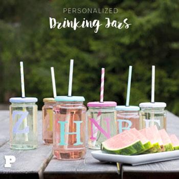 Fedeles szívószálas poharak befőttesüvegekből egyszerűen házilag