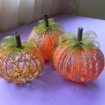 Őszi fonal gomb tök - őszi dekoráció fonalból egyszerűen