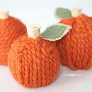 DIY Yarn pumpkins - easy & quick DIY fall decor