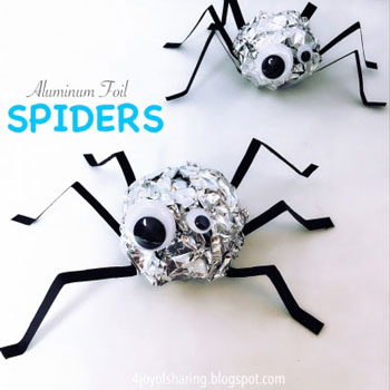 Alufólia pók - egyszerű kreatív ötlet gyerekeknek Halloweenra