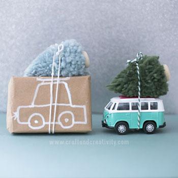 Egyszerű fonal pompon karácsonyfa ( autóra kötözött karácsonyfa )