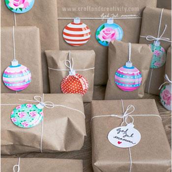 Karácsonyfadísz gömb ajándékkísérő kártyák (ingyenes,nyomtatható)