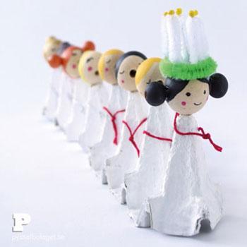 Éneklő karácsonyi angyalkák tojástartóból - kreatív karácsonyi ötlet gyerekeknek