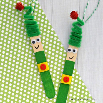 Jégkrém pálcika manó karácsonyfadísz - kreatív karácsonyi ötlet gyerekeknek