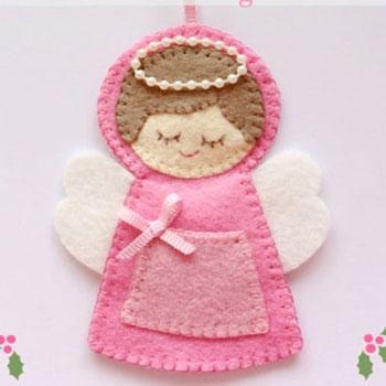 Aranyos karácsonyfadísz filc angyalka mini zsebbel