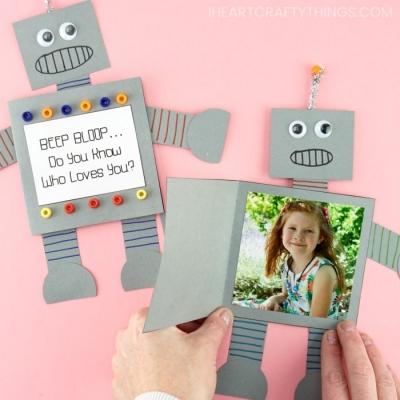 Papír robot - apák napi fényképes képeslap egyszerűen