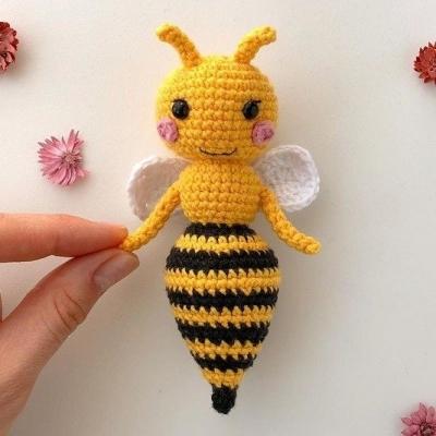 Amigurumi méhecske (ingyenes amigurumi minta)