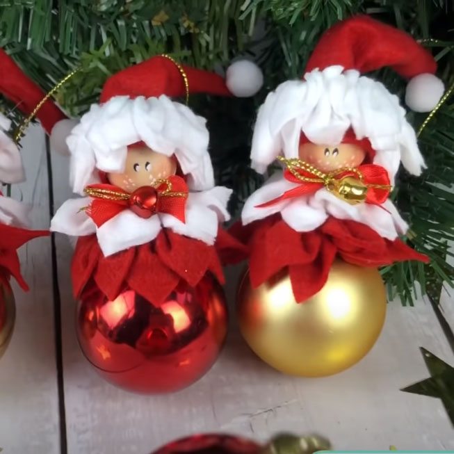 Karácsonyfadísz gömb manó ( karácsonyfadísz manó )