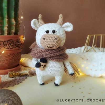 Willy az amigurumi tehén (ingyenes amigurumi minta)