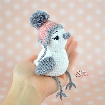 Hómadár - amigurumi madárka téli sapkában (ingyenes amigurumi minta)
