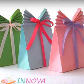 Easy paper (ribbon) gift bags