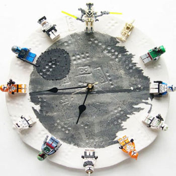 Interchargeable lego ( Star Wars ) clock