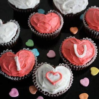 Szív alakú muffinok / sütemények egyszerűen