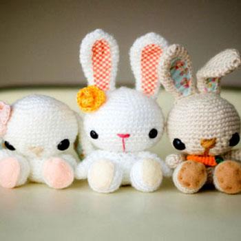 Horgolt miniatűr húsvéti / tavaszi amigurumi nyuszikák