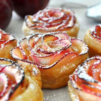 Almarózsák egyszerűen - almás sütemény
