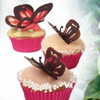 Csokoládé pillangók egyszerűen - lepkés sütemény dekoráció