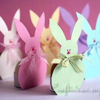 Húsvéti tojás tartó masnis nyuszik (sablonnal)