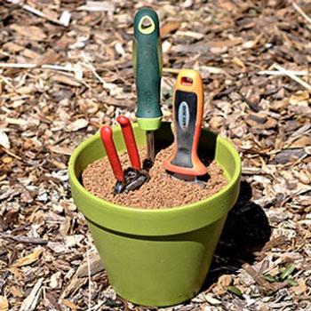 Dekoratív kerti eszköz tisztító élező és rozsdagátló - homokkal