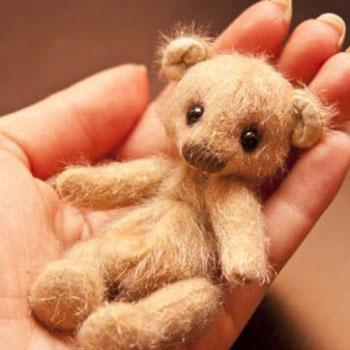 Aranyos miniatűr játék mackók ( szabásmintával )
