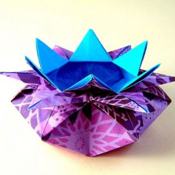 Virág alakú origami ajándék kosarak - papírhajtogatás