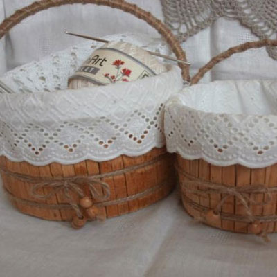 DIY vintage basket from plastic junks and clothespins