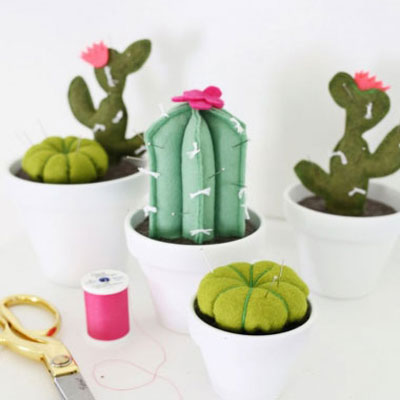 Felt cactus shape pincushions - needle holders