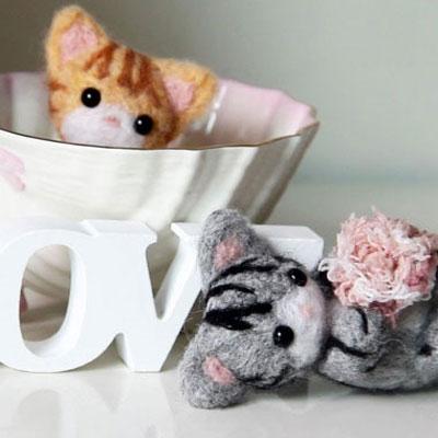 Adorable needle felt kitties