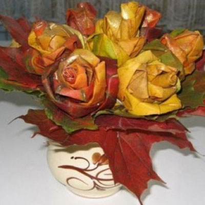 Rose bouquet from fresh autumn leaves