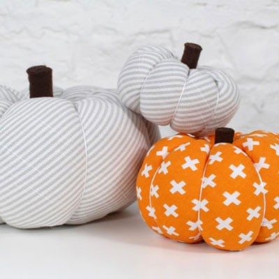 Easy fabric pumpkins - fall decor