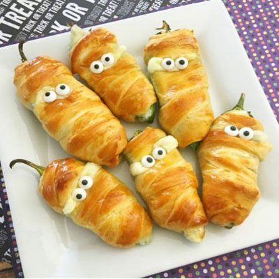 Halloween jalapeno popper mummies with cream cheese
