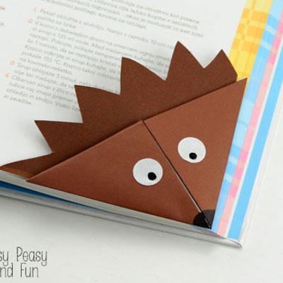 Hedgehog corner bookmarks - origami for kids
