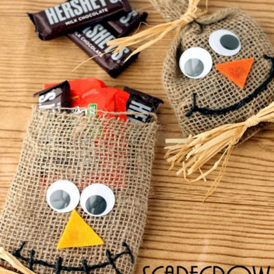 Scarecrow halloween treat bags